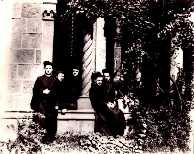 StClementsClergy1897-1